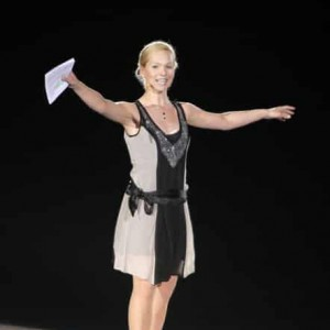 Galamoderator Ilka Groenewold bei Holiday on Ice Gala