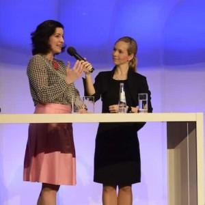 Moderatorin Ilka Groenewold bei der Verkehrs Rundschau Gala in München