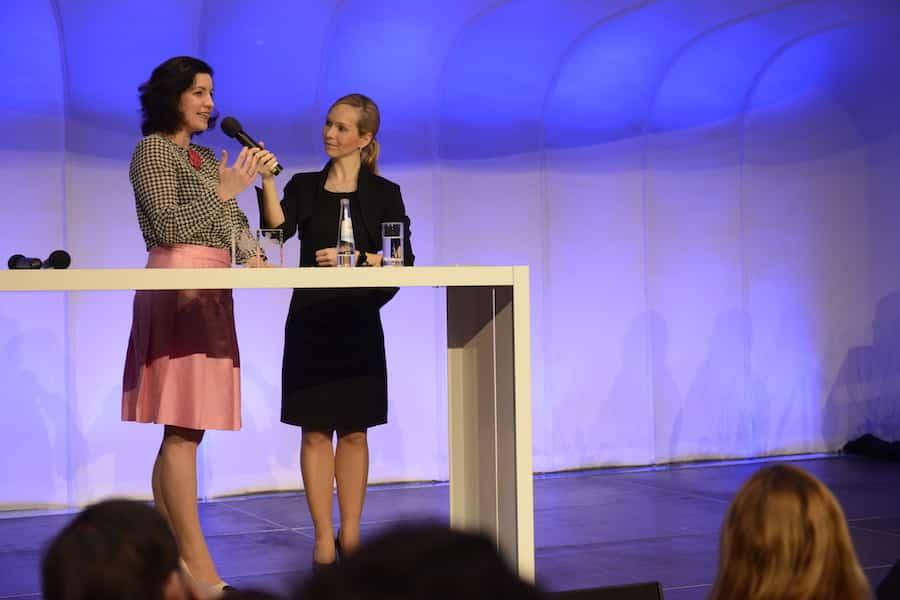 Moderatorin aus Muenchen- Ilka Groenewold mit Dorothee Baer-Muenchen, Stuttgart, Ulm Moderation