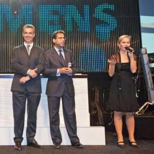 Siemens Industry Day mit Galamoderatorin Ilka Groenewold in Hannover