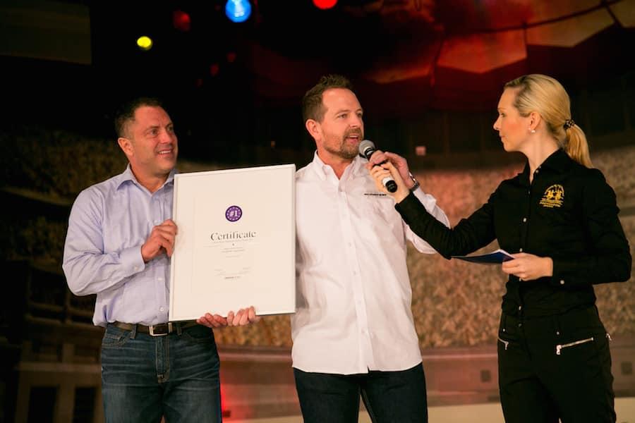 Naskor Sport Award - Sportmoderatorin Ilka Groenewold auf der FIBO in Köln