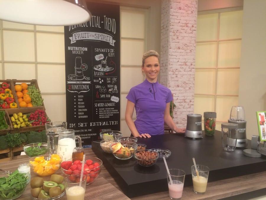 Moderatorin Ilka Groenewold in der TV-Sendung rund um Smoothies