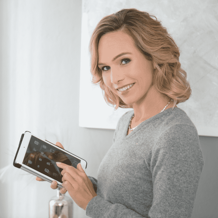 Moderatorin Ilka Groenewold - Eventmoderation-Galamoderation-Kongressmoderation-TV-Moderation