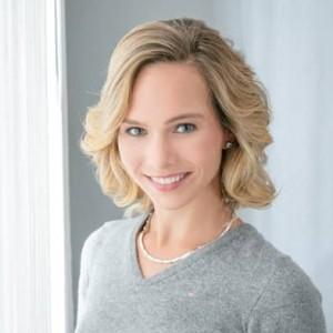 Galamoderation mit Hamburger Moderatorin Ilka Groenewold